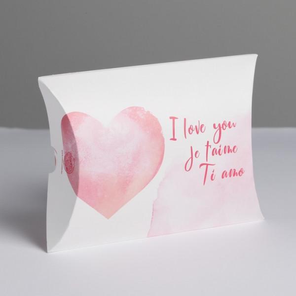 Коробка складная фигурная «С любовью», 11 × 8 × 2 см